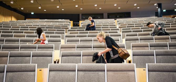 Föreläsningssal med elever